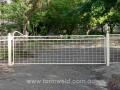 Maddison driveway gate and side fence panels