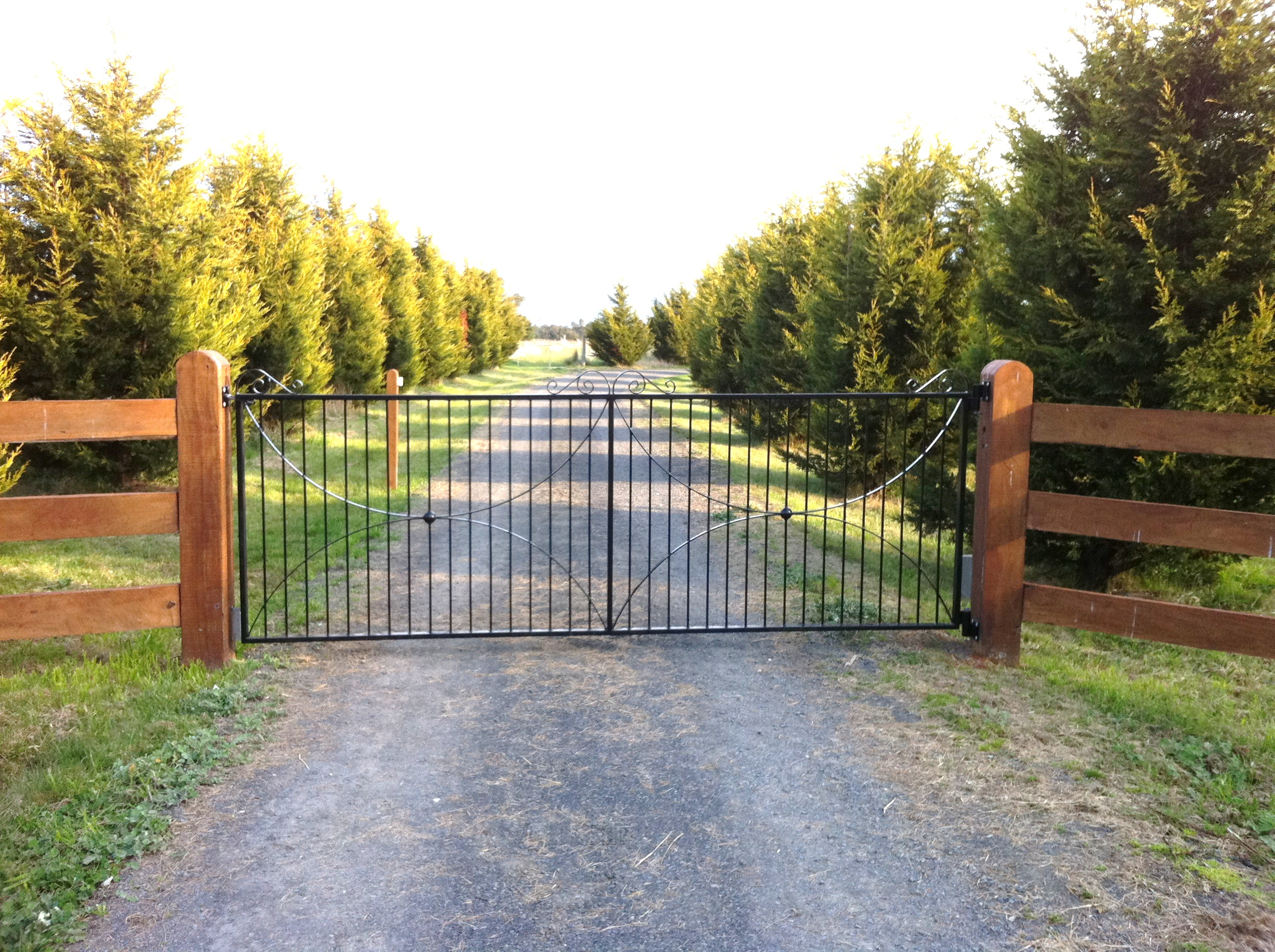 'Jacks Run' wrought iron entrance gates, Bolinda, VIC