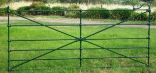 Heritage federation era cast jointed gate with smooth castings and bow centre, cast from original old Sunshine McKay farm gates.
